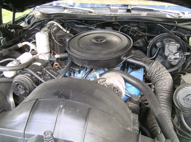 1977 Pontiac Grand Prix LJ 400 CI, Automatic presented as lot F277 at St. Charles, IL 2011 - image5