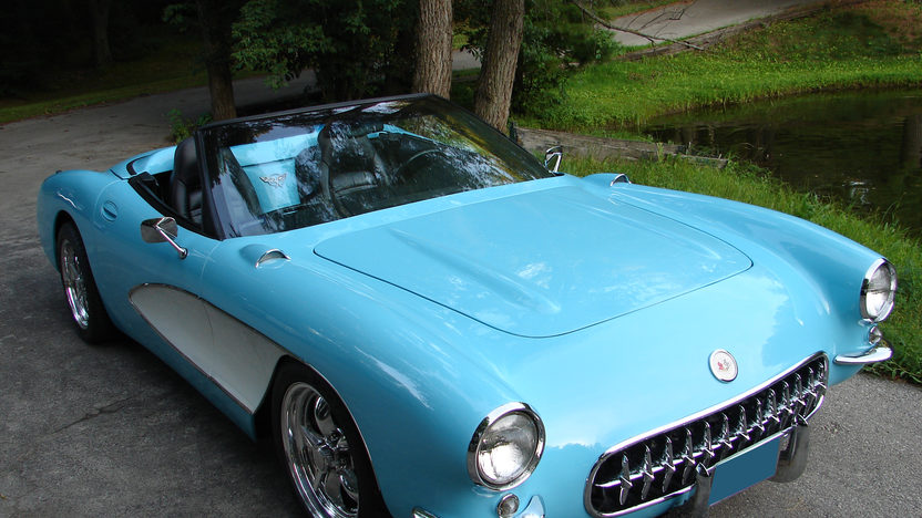 2003 Chevrolet Corvette 1957 Conversion LS1, 6-Speed presented as lot F282 at St. Charles, IL 2011 - image6
