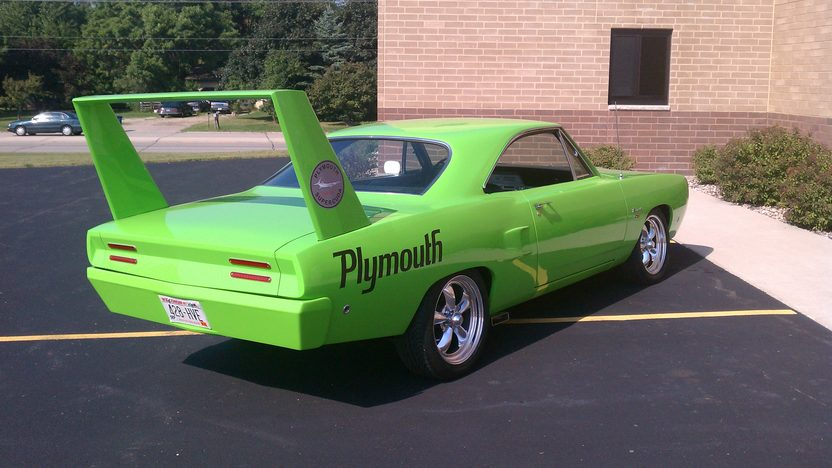 1968 Plymouth Barracuda Coupe 440 CI, Automatic presented as lot F286 at St. Charles, IL 2011 - image4