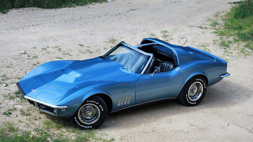 1968 Chevrolet Corvette 427/390 HP, 4-Speed presented as lot F287 at St. Charles, IL 2011 - image7