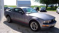 2006 Ford Mustang GT presented as lot F291 at St. Charles, IL 2011 - thumbail image2