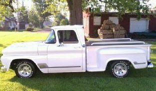 1962 Chevrolet C10 Pickup 350 CI presented as lot F181 at St. Charles, IL 2011 - image2