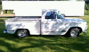 1962 Chevrolet C10 Pickup 350 CI presented as lot F181 at St. Charles, IL 2011 - image4