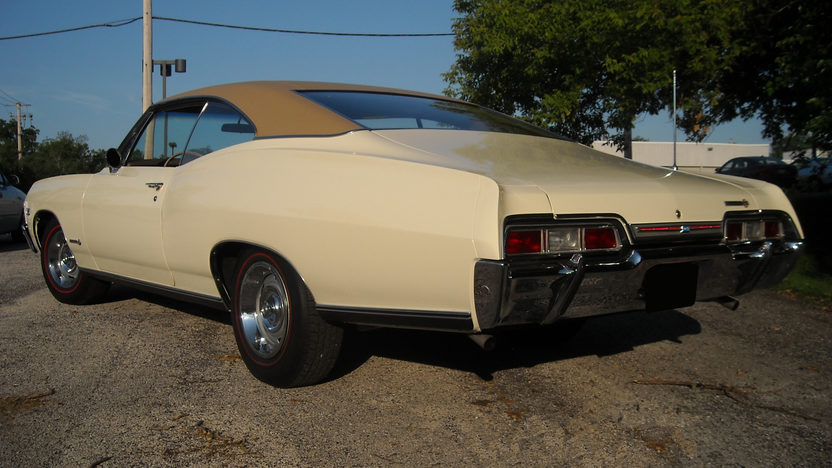 1967 Chevrolet Impala SS 2-Door Hardtop 396/325 HP, 4-Speed presented as lot F189 at St. Charles, IL 2011 - image2
