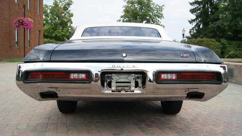 1972 Buick Gran Sport Convertible 350 CI, Automatic presented as lot F190 at St. Charles, IL 2011 - image4
