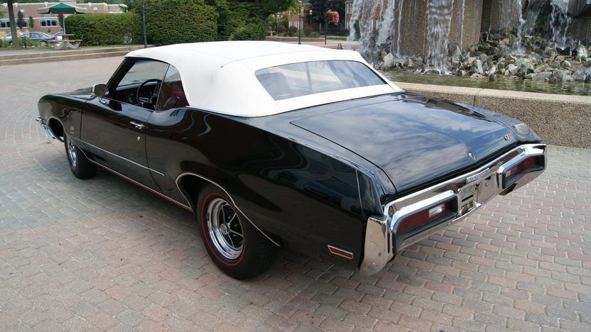 1972 Buick Gran Sport Convertible 350 CI, Automatic presented as lot F190 at St. Charles, IL 2011 - image5