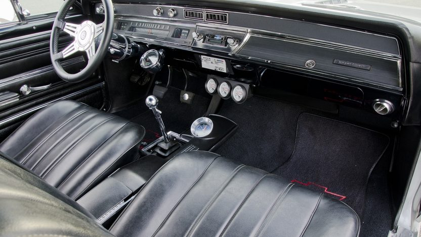 1966 Chevrolet Chevelle 502 Resto Mod 502 CI, 6-Speed presented as lot F196 at St. Charles, IL 2011 - image5
