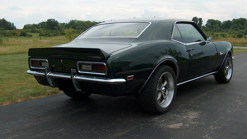 1968 Chevrolet Camaro 375/561 HP, 4-Speed presented as lot F209 at St. Charles, IL 2011 - image2