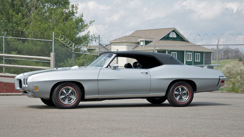 1970 Pontiac GTO Convertible 400/350 HP, 4-Speed presented as lot F210 at St. Charles, IL 2011 - image2