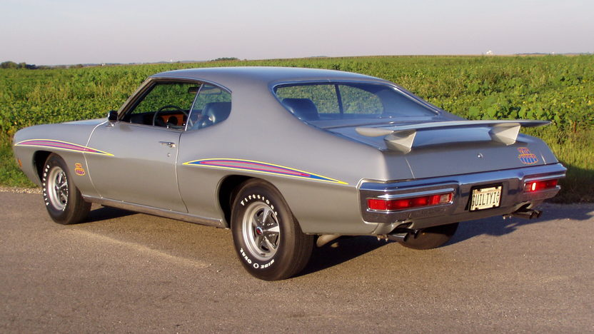 1970 Pontiac GTO Judge 400/366 HP, 4-Speed presented as lot F213 at St. Charles, IL 2011 - image2