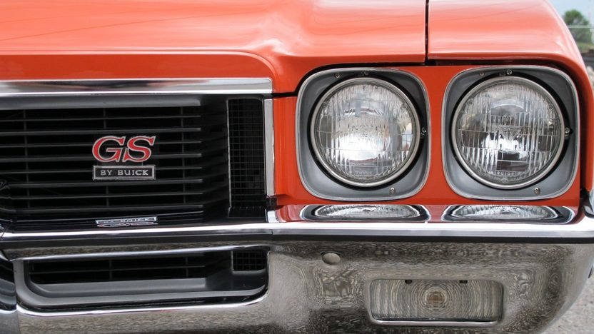 1972 Buick GS Stage 1 Convertible 455 CI, Automatic presented as lot F225 at St. Charles, IL 2011 - image7