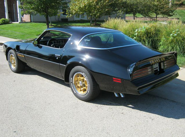 1976 Pontiac Trans Am 400 CI, Automatic presented as lot F240 at St. Charles, IL 2011 - image3