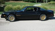 1976 Pontiac Trans Am 400 CI, Automatic presented as lot F240 at St. Charles, IL 2011 - thumbail image2