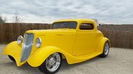 1933 Ford  Coupe 468 CI, Automatic presented as lot F250 at St. Charles, IL 2011 - thumbail image12