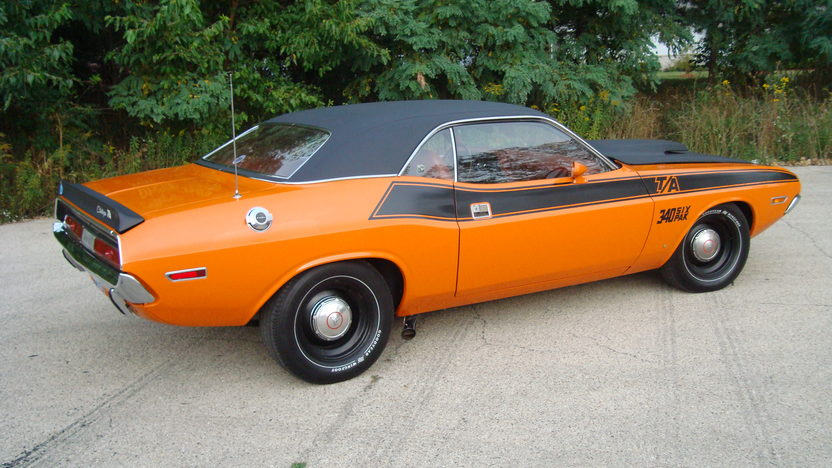 1970 Dodge Challenger presented as lot F254 at St. Charles, IL 2011 - image3