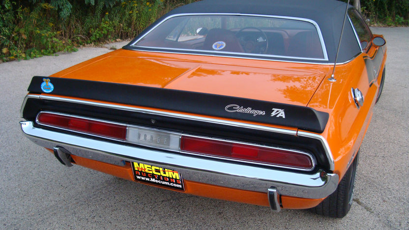 1970 Dodge Challenger presented as lot F254 at St. Charles, IL 2011 - image4