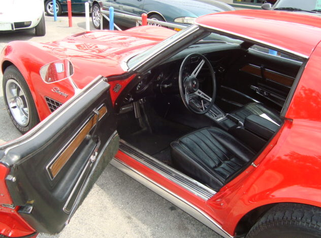 1971 Chevrolet Corvette 454 CI, Automatic presented as lot F272 at St. Charles, IL 2011 - image3