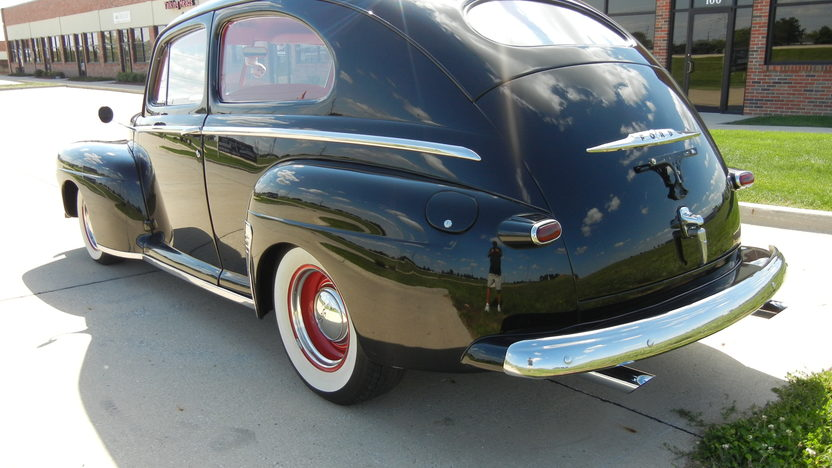 1948 Ford Super Deluxe 2-Door Sedan 350/300 HP, Automatic presented as lot S9 at St. Charles, IL 2011 - image4