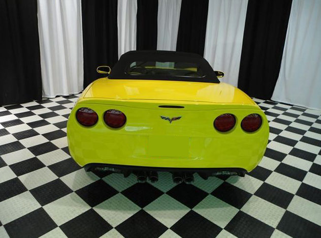 2009 Chevrolet Corvette Convertible LS3, Automatic presented as lot S29 at St. Charles, IL 2011 - image4