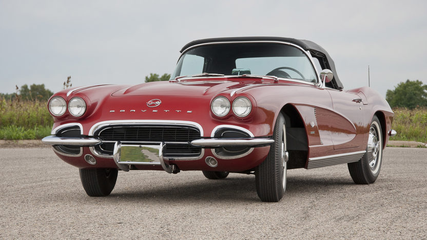 1962 Chevrolet Corvette Convertible 327 CI, 4-Speed presented as lot S31 at St. Charles, IL 2011 - image2