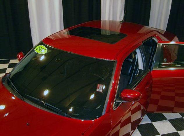 2008 Chrysler 300 SRT Sedan 5.7L HEMI, Automatic presented as lot S44 at St. Charles, IL 2011 - image5
