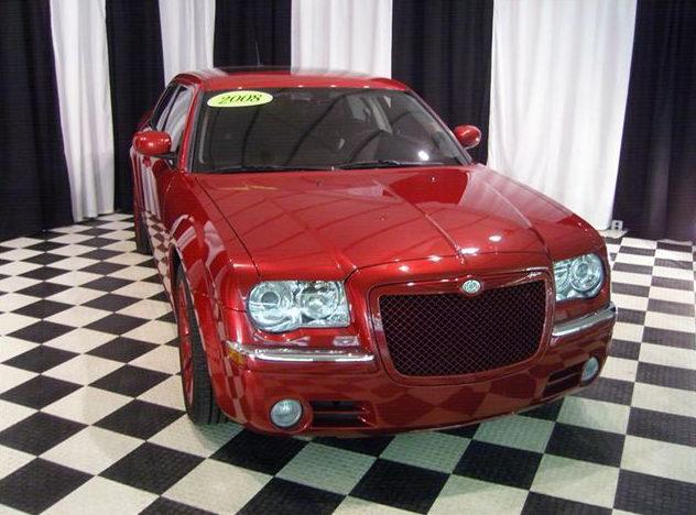 2008 Chrysler 300 SRT Sedan 5.7L HEMI, Automatic presented as lot S44 at St. Charles, IL 2011 - image8