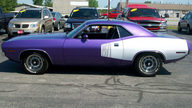 1971 Plymouth Barracuda 2-Door Hardtop 318 CI, Automatic presented as lot S59 at St. Charles, IL 2011 - thumbail image3