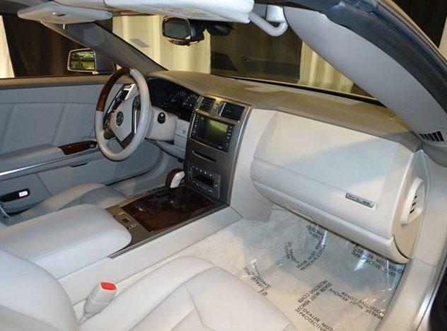 2005 Cadillac XLR Hardtop presented as lot S61 at St. Charles, IL 2011 - image6
