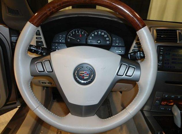 2005 Cadillac XLR Hardtop presented as lot S61 at St. Charles, IL 2011 - image7