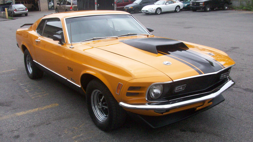 1970 Ford Mustang Mach I 351 CI, Automatic presented as lot S67 at St. Charles, IL 2011 - image8