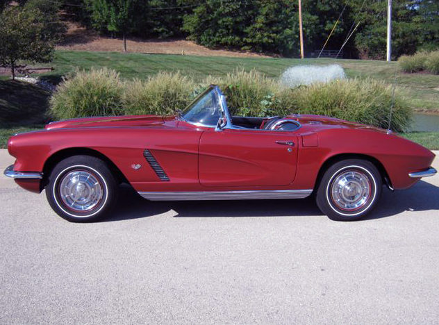 1962 Chevrolet Corvette Convertible 327 CI, 4-Speed presented as lot S75 at St. Charles, IL 2011 - image2