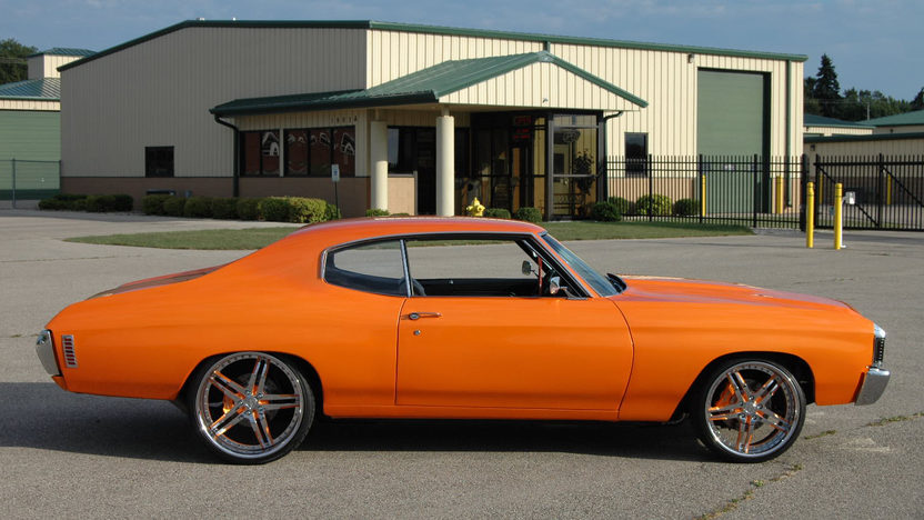 1972 Chevrolet Chevelle 660 HP, Automatic presented as lot S230 at St. Charles, IL 2011 - image2