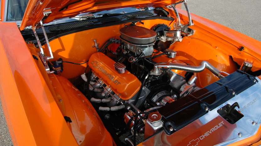 1972 Chevrolet Chevelle 660 HP, Automatic presented as lot S230 at St. Charles, IL 2011 - image7