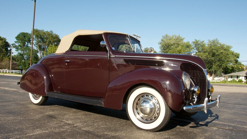 1938 Ford Cabriolet 85 CI presented as lot S84 at St. Charles, IL 2011 - image8