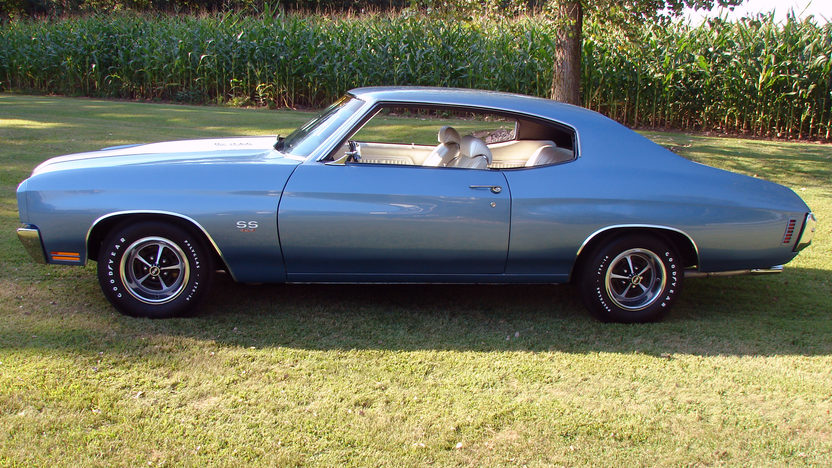 1970 Chevrolet Chevelle LS6 2-Door Hardtop 454/450 HP, Automatic presented as lot S107 at St. Charles, IL 2011 - image2