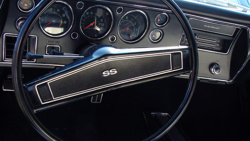 1970 Chevrolet Chevelle LS6 2-Door Hardtop 454/450 HP, Automatic presented as lot S107 at St. Charles, IL 2011 - image5