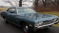 1968 Chevrolet Biscayne 2-Door Sedan 427/385 HP, 4-Speed presented as lot S113 at St. Charles, IL 2011 - thumbail image3