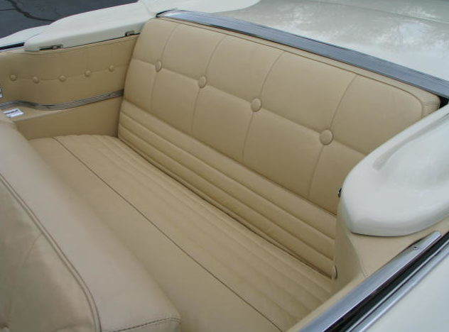 1959 Lincoln Mark IV Convertible 430/350 HP, Automatic presented as lot S118 at St. Charles, IL 2011 - image5