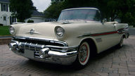 1957 Pontiac Bonneville Convertible 347/310 HP, Automatic presented as lot S124 at St. Charles, IL 2011 - thumbail image3