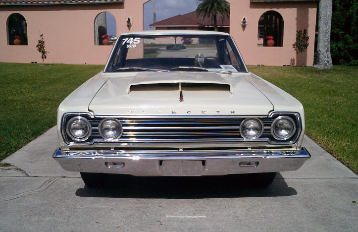 1967 Plymouth Hemi Belvedere Super Stock 426/425 HP, 4-Speed presented as lot S128 at St. Charles, IL 2011 - image2