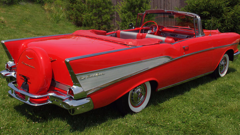 1957 Chevrolet Bel Air Convertible 283/270 HP, 4-Speed presented as lot S147 at St. Charles, IL 2011 - image2