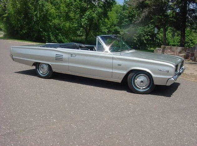 1966 Dodge Hemi Coronet 500 Convertible 426 CI, 4-Speed presented as lot S148 at St. Charles, IL 2011 - image3