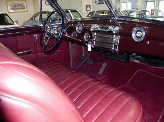 1948 Buick Roadmaster Convertible 320 CI, Automatic presented as lot S150 at St. Charles, IL 2011 - image3