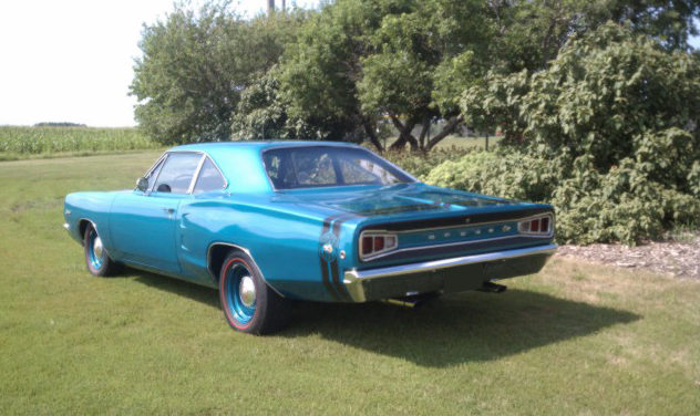 1968 Dodge Super Bee 2-Door Hardtop 511/650 HP presented as lot S155 at St. Charles, IL 2011 - image2