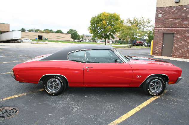 1970 Chevrolet Chevelle LS6 450/454 HP, 4-Speed presented as lot S167 at St. Charles, IL 2011 - image3