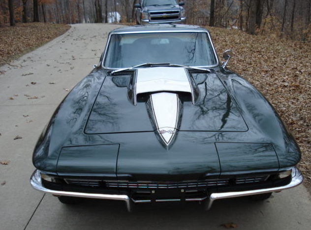 1967 Chevrolet Corvette Coupe 427/400 HP, 4-Speed presented as lot S214 at St. Charles, IL 2011 - image3