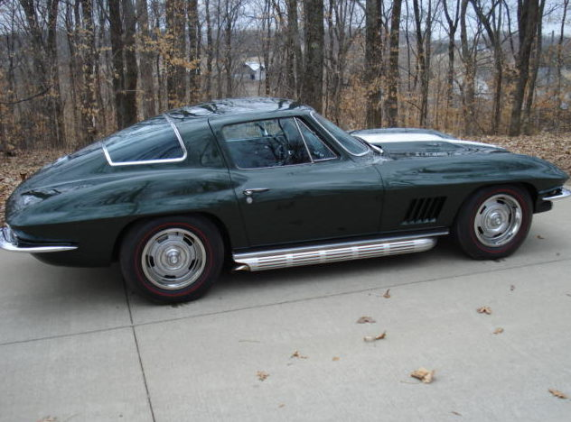 1967 Chevrolet Corvette Coupe 427/400 HP, 4-Speed presented as lot S214 at St. Charles, IL 2011 - image4