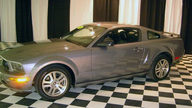 2006 Ford Mustang GT 4.6L, Automatic presented as lot U39 at St. Charles, IL 2011 - thumbail image5