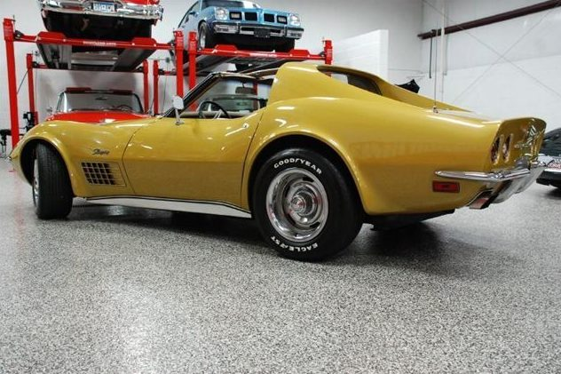 1972 Chevrolet Corvette Coupe 454 CI, 4-Speed presented as lot U43 at St. Charles, IL 2011 - image2
