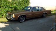 1977 Oldsmobile Delta 88 350 CI, Automatic presented as lot U48 at St. Charles, IL 2011 - thumbail image2